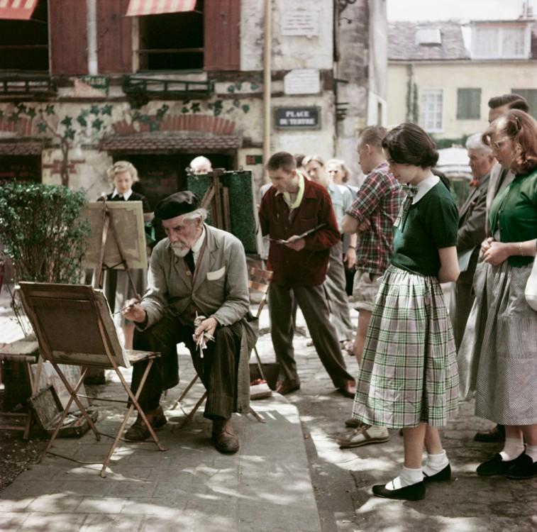 ROBERT-CAPA-MONTMATRE-1952