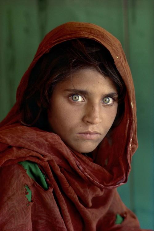 steve-mccurry-femme-yeux-vert