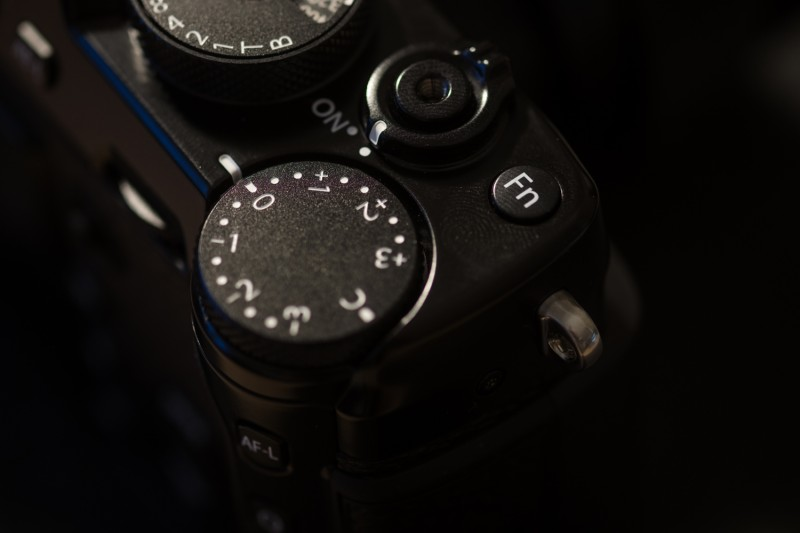 Reglage ISO - Test du Fujifilm X-Pro 2 par Evan Forget pour Studio Raw - Emballage produit
